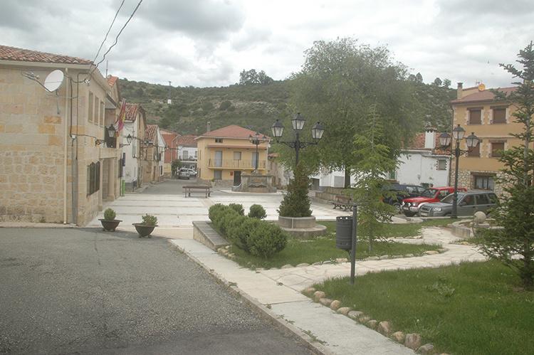 Poveda de la Sierra, localidad natal del guitarrista