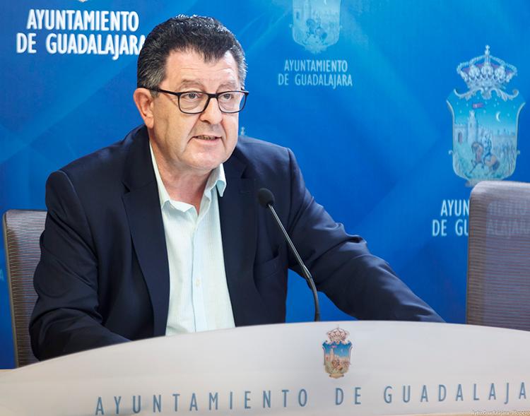 Olcina confirma que el meeting de atletismo no podrá realizarse en septiembre como estaba previsto