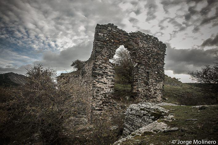 Castillo de Diempures (Foto Jorge Molinero)