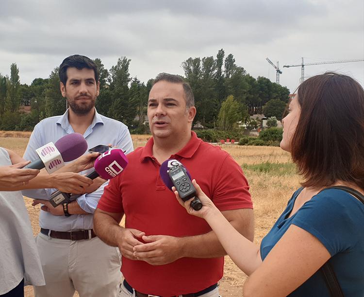 Carnicero avisa al ayuntamiento de que la obra del segundo acceso al Hospital no se terminará en la fecha prevista
