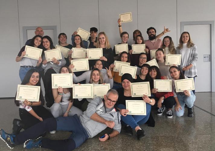 Los participantes en el curso recibieron ayer sus diplomas. Fotografía: Ayuntamiento de Azuqueca de Henares
