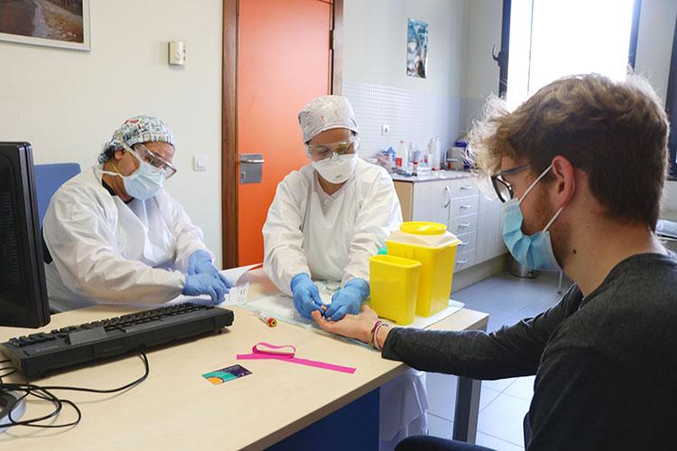 El Gobierno regional realizará test de coronavirus a todo el personal de la Administración General