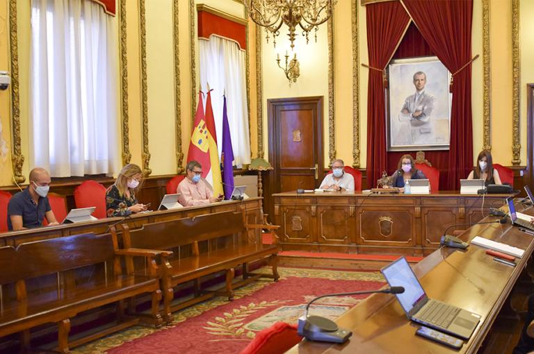 Primera reunión para integrar los patronatos de Cultura y Deportes