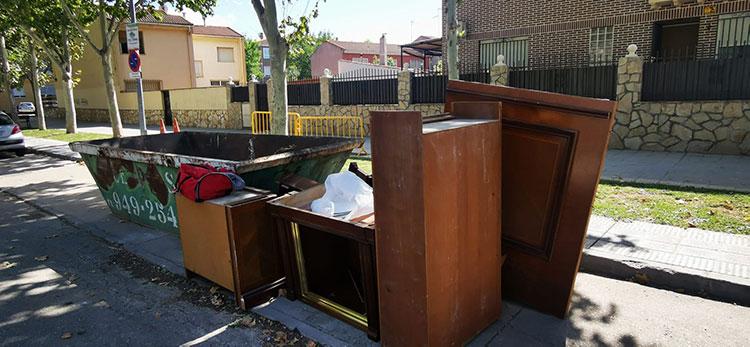 El Ayuntamiento de Azuqueca recuerda el funcionamiento del servicio gratuito de retirada de muebles viejos y otros enseres voluminosos