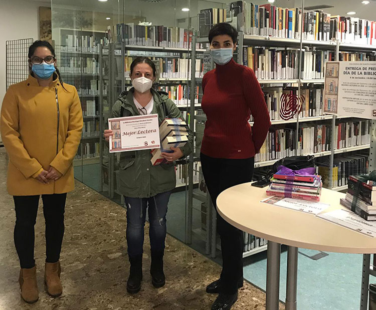 Azuqueca entrega los premios 'Día de la Biblioteca'
