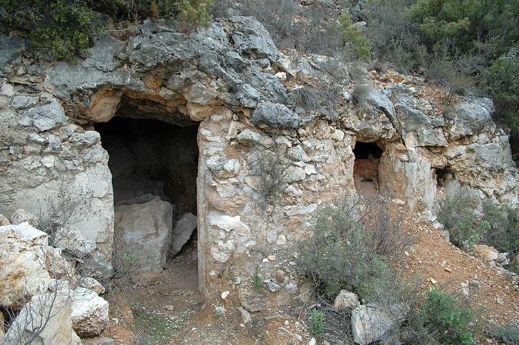 Cueva de los Hermanicos. Peñalver