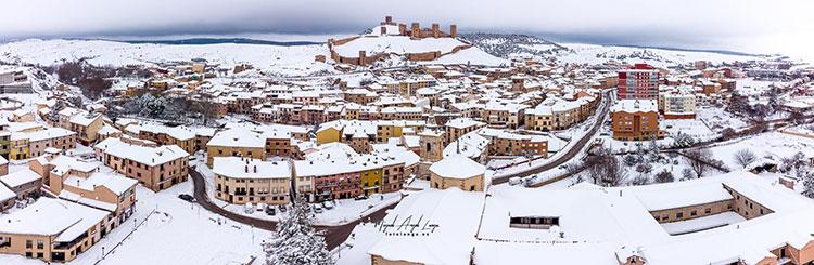 Molina de Aragón bajo la nieve (Cortesía de @FotoLanga)