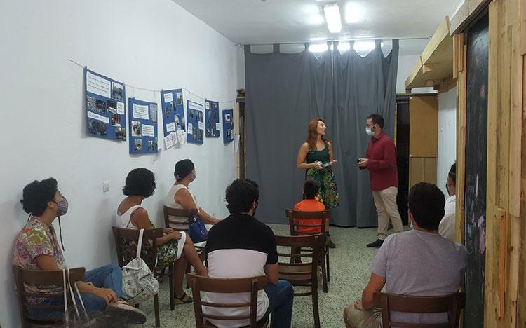 Presentación cuentos infantiles centro social la Trenza