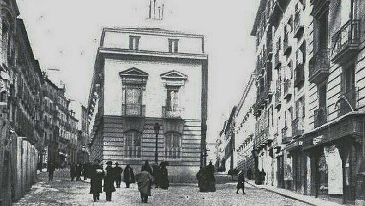 Palacete madrileño de la Duquesa de Sevillano, primero en derribarse para la apertura de la Gran Vía madrileña