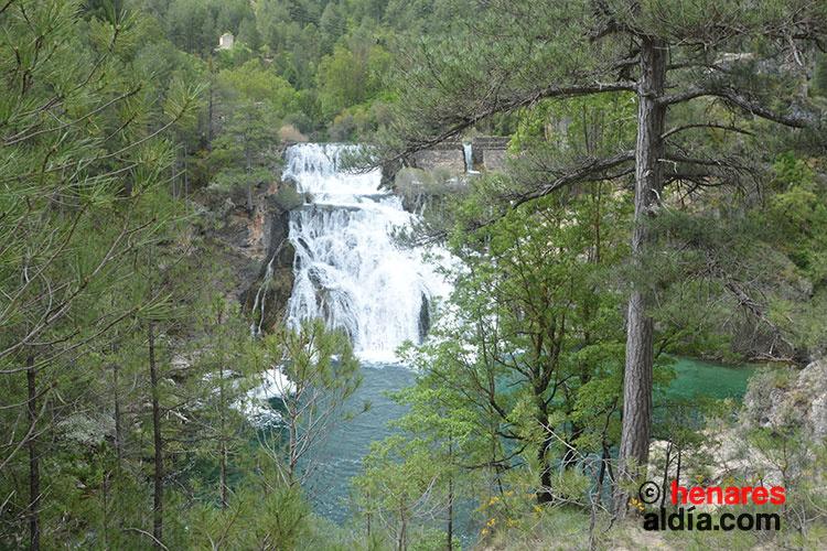 Salto de Poveda en el Parque Natural del Alto Tajo