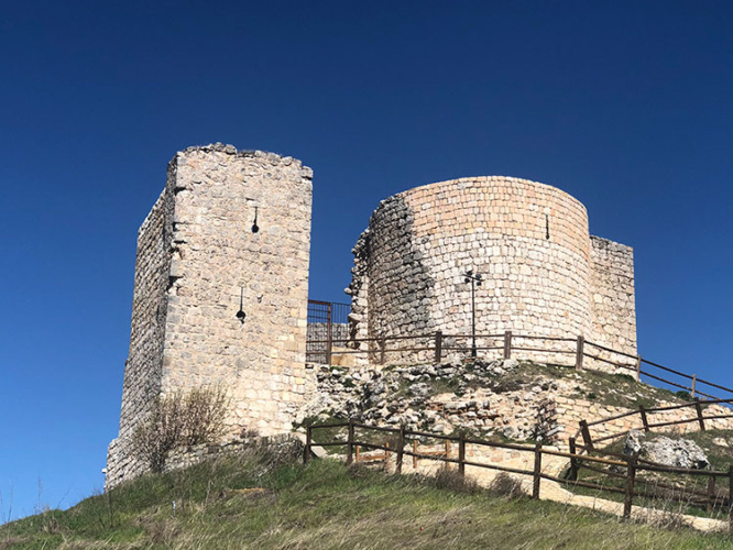 Castillo de Jadraque. Fotografía cedidas por Excmo. Ayuntamiento de Jadraque