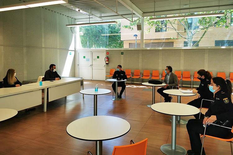 La reunión que tuvo lugar en el Centro de Ocio Río Henares. Fotografía: Ayuntamiento de Azuqueca