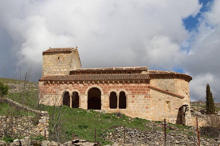 Iglesia de San Juan Bautista en Jodra del Pinar