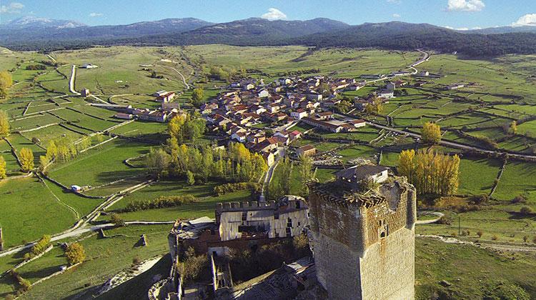 Vista aérea de Galve desde la fortaleza de los Estúñiga.